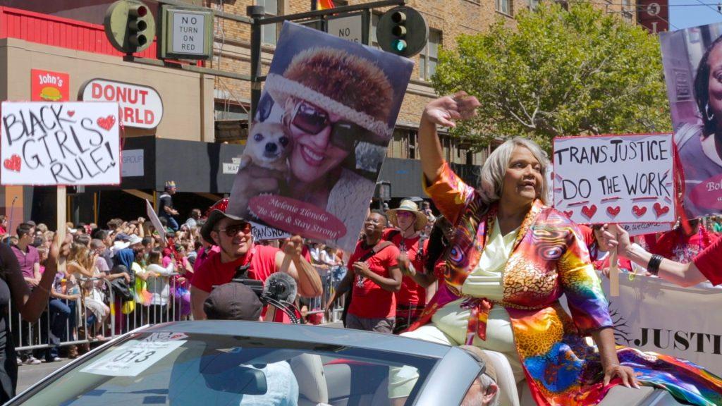 Miss Major auf dem Wagen der Pride Parade